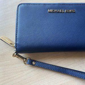 Michael Kors Wristlet Wallet- Brand New